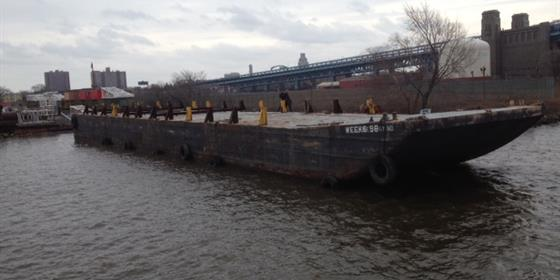 Barge 096
