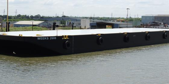 Barge 2600